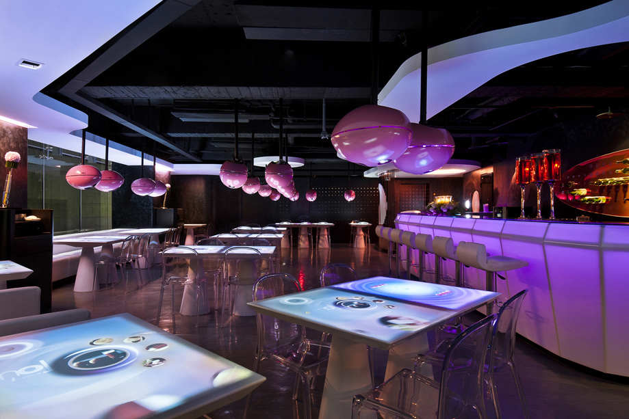 Interactive Multitouch iTable Bar Top for Restaurant Nightclub